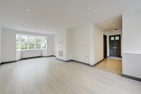 3 bedroom semi-detached house to rent - Brookland Rise, Hampstead Garden Suburb