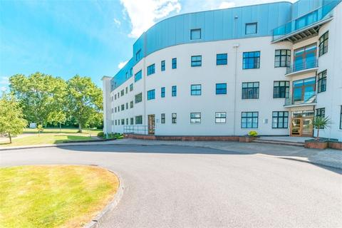 2 bedroom flat to rent - Hayes Road, Sully, Penarth, South Glamorgan