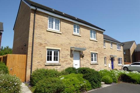 3 bedroom detached house for sale - Long Heath Close, Caerphilly