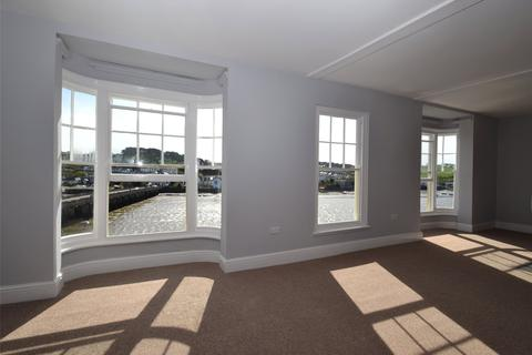 2 bedroom apartment to rent - Tantons Court, New Road