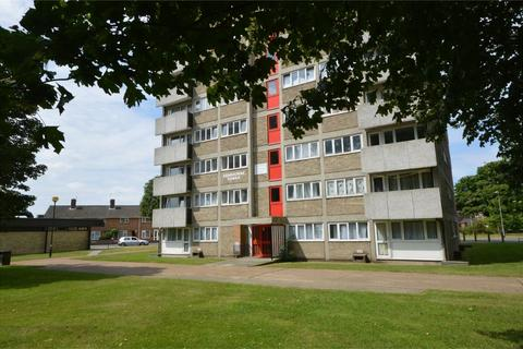 2 bedroom flat for sale - Ashbourne Tower, Watling Road, Heartsease, Norwich