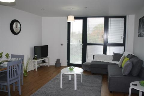 1 bedroom apartment to rent - LONG TERM SERVICED APARTMENT ACCOMODATION CHELMSFORD