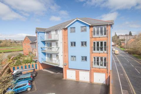 2 bedroom flat for sale - Bonhay Road, Exeter, Devon