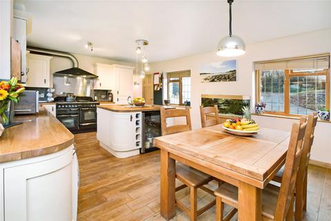 3 bedroom semi-detached house for sale - Doddiscombsleigh, Exeter, Devon