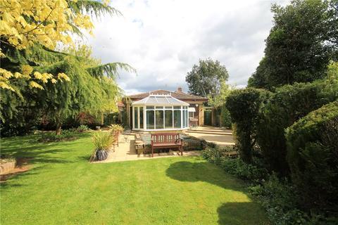 3 bedroom detached bungalow for sale - Highworth Avenue, Cambridge, CB4