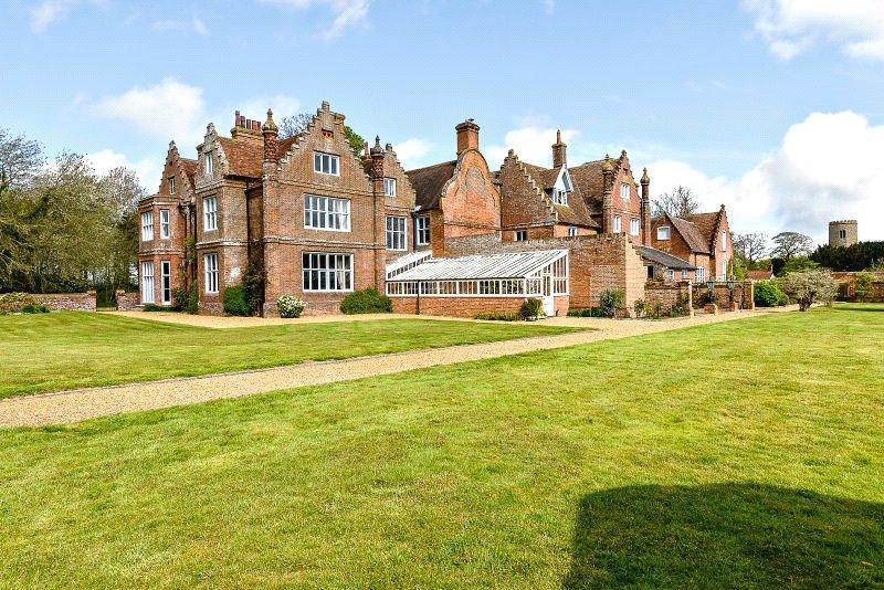 Morningthorpe Manor