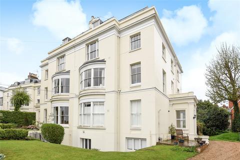 4 bedroom flat to rent - Grove Hill Gardens, Tunbridge Wells, Kent, TN1