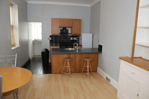 1 bedroom flat to rent - Peverell Park Road, Plymouth - Super spacious GF 1 bedroom flat