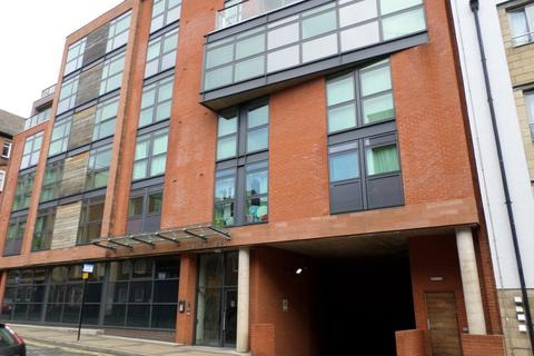 Studio to rent - Smithfield Apartments, 131 Rockingham Street, Sheffield, S1 4EY