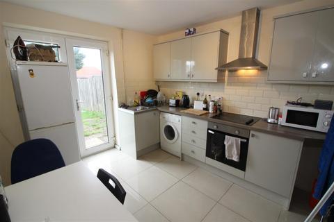 5 bedroom house to rent - Dereham Road, Norwich