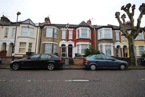 4 bedroom terraced house for sale - Roundwood Road, London