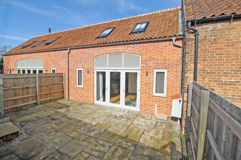 2 bedroom barn conversion for sale - Railway Cottages, Holt NR25