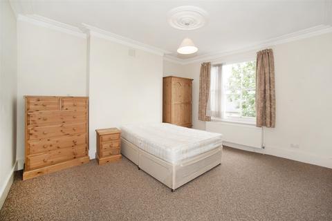 3 bedroom maisonette to rent - Leysfield Road, Shepherd's Bush W12