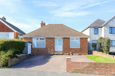 3 bedroom detached bungalow for sale - Crescent Drive North, Woodingdean
