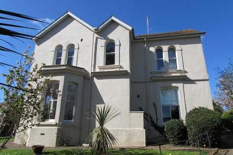 2 bedroom flat for sale - Rolle Villas, Exmouth