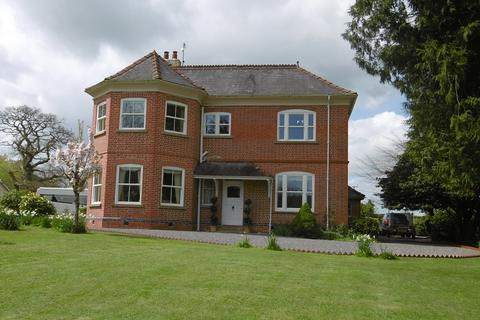 5 bedroom country house for sale - Llanarthney, Carmarthen, Carmarthenshire.