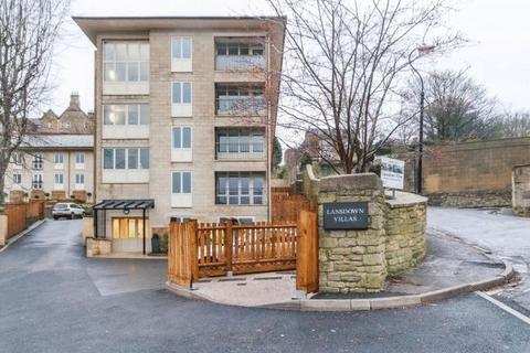 2 bedroom apartment to rent - Lansdown Villas, Bath