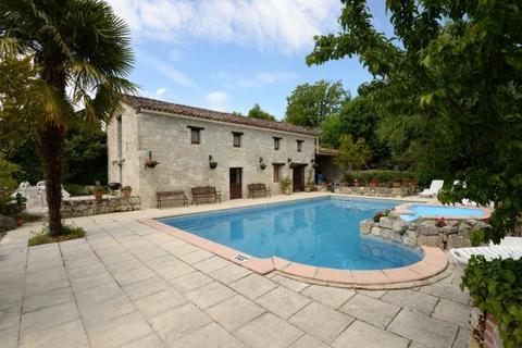 10 bedroom house  - Near Beauville, Lot Et Garonne, South West France