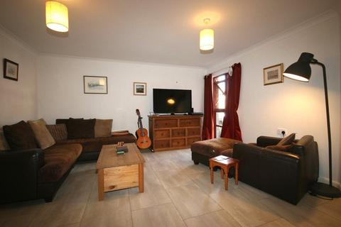 2 bedroom flat to rent - East Werberside, Edinburgh