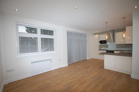 2 bedroom apartment to rent - Churchfield House, Churchfield Road, Chalfont St. Peter, SL9