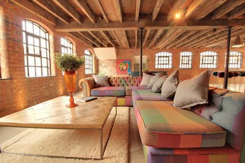 2 bedroom apartment to rent - Comet Works 45-47 Princip Street