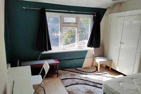 House share to rent - GRENADA ROAD, CHARLTON, LONDON SE7