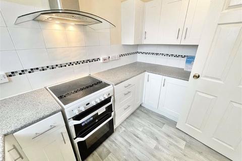 2 bedroom maisonette to rent - Arneside Road, Southmead, Bristol