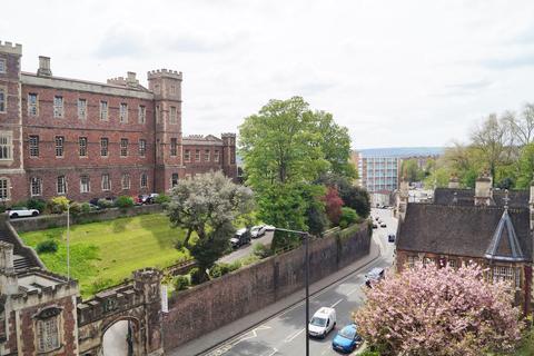 2 bedroom apartment for sale - Burton Court, Clifton, Bristol, BS8
