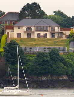 5 bedroom detached house for sale - Pembroke Dock, Pembrokeshire