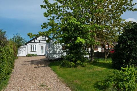 2 bedroom detached house for sale - South Street, Whitstable, CT5