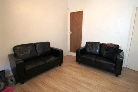3 bedroom house to rent - 2 Mona Road - 3 Bed