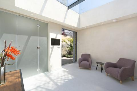 House to rent - Monmouth Road, London, W2