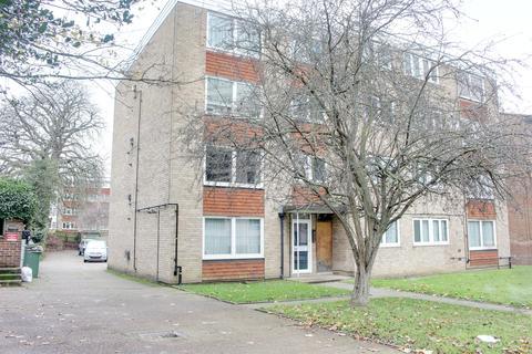 2 bedroom flat to rent - 16 Bramley Hill, South Croydon CR2