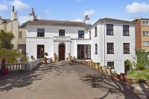 5 bedroom link detached house for sale - Queens Crescent, Southsea, Hampshire