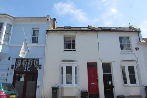 3 bedroom terraced house to rent - Park Crescent Place, Lewes Road
