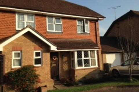 2 bedroom semi-detached house to rent - Warwick Deeping, Ottershaw