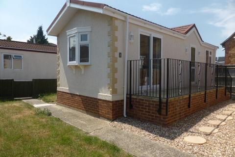 1 bedroom park home for sale - Staines Upon Thames