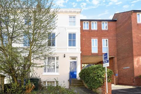 2 bedroom apartment to rent - Calthorpe Road,  Banbury,  OX16