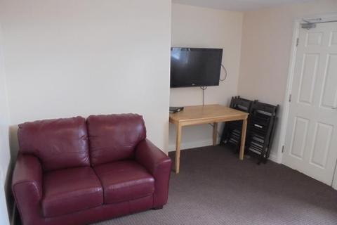 9 bedroom house share to rent - GREYSTOKE AVENUE SANDYFORD (GREYS26R)