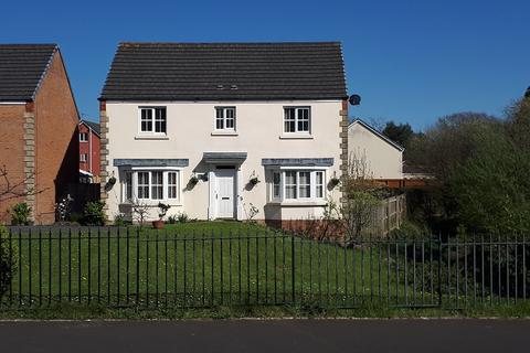 4 bedroom detached house for sale - Cae Ffwrness , Burry Port, Carmarthenshire.