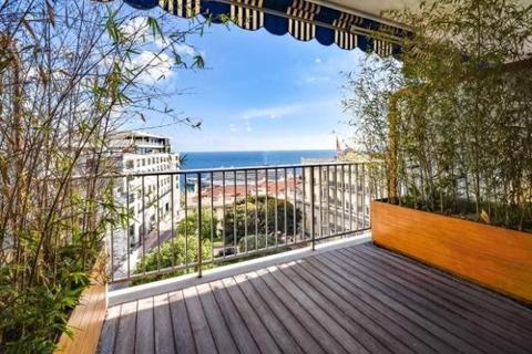 2 bedroom apartment  - Carré D'Or, Monaco
