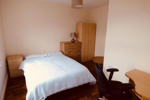 4 bedroom house share to rent - Room 4, Queen Anne Street, Stoke on Trent, ST4 2EQ