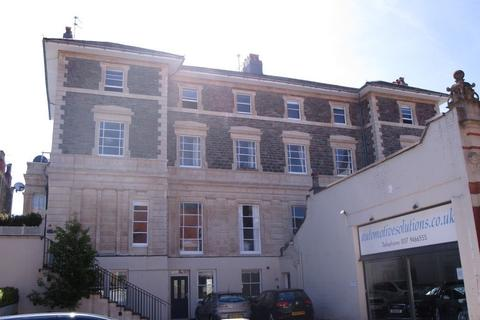 3 bedroom apartment to rent - Clifton, Alma Vale Road, BS8 2HL