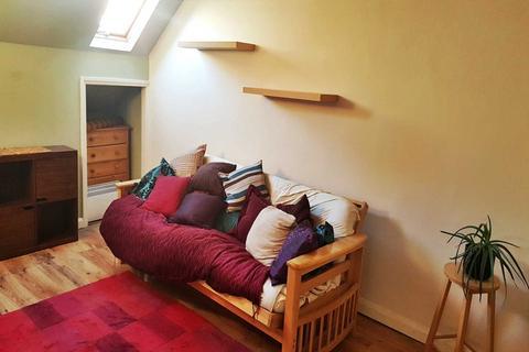1 bedroom flat to rent - Macklin Street (Attic Flat), Derby