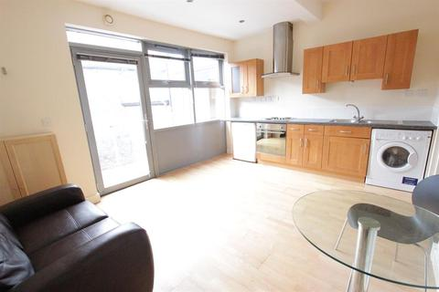 1 bedroom flat to rent - Flat 4 17 Lendal, York, North Yorkshire