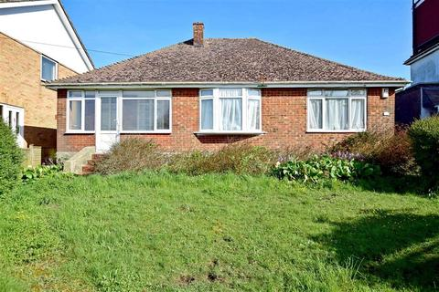 3 bedroom detached bungalow for sale - Warren Road, Woodingdean, Brighton, East Sussex