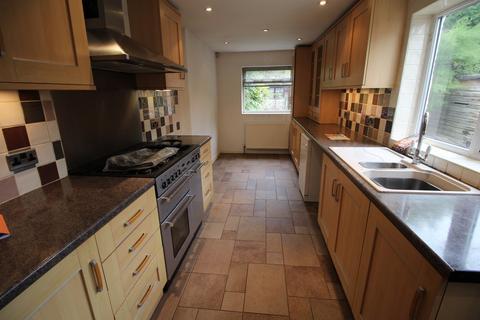 4 bedroom semi-detached house to rent - **£80pppw** Fletcher Road, Beeston, Nottingham