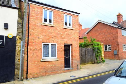 2 bedroom house for sale - High Street, Kingsthorpe, Northampton