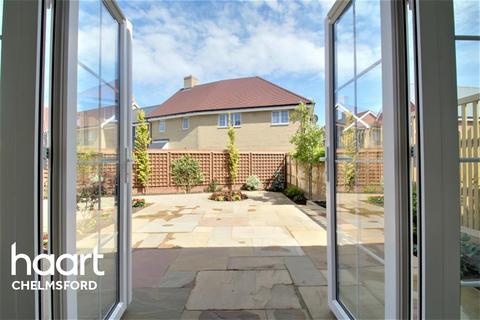 3 bedroom semi-detached house to rent - Beaulieu Heath
