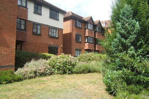 2 bedroom flat to rent - White Rose Lane, Woking, GU22